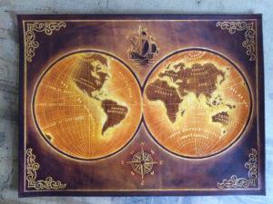 Objet unique Petite Mappemonde 17ième siècle, 45cm x 35cm, 250€