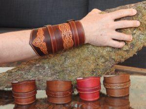 Objet unique Canon de bras et Bracelets de force 50€ et 30€
