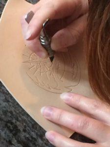 Création personnelle - Le couteau à ouvrir