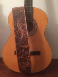 """Sangle de guitare """"Big Folk"""" 390€"""
