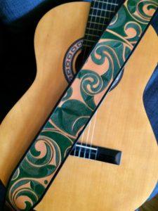 """Sangle de guitare """"Triskel"""" 340€"""